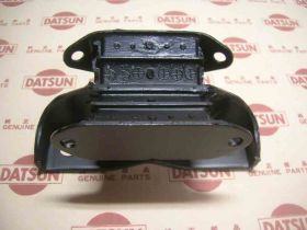 Insulator Gear Box Mounting (Genine/B110 Datsun 1200 Ute)